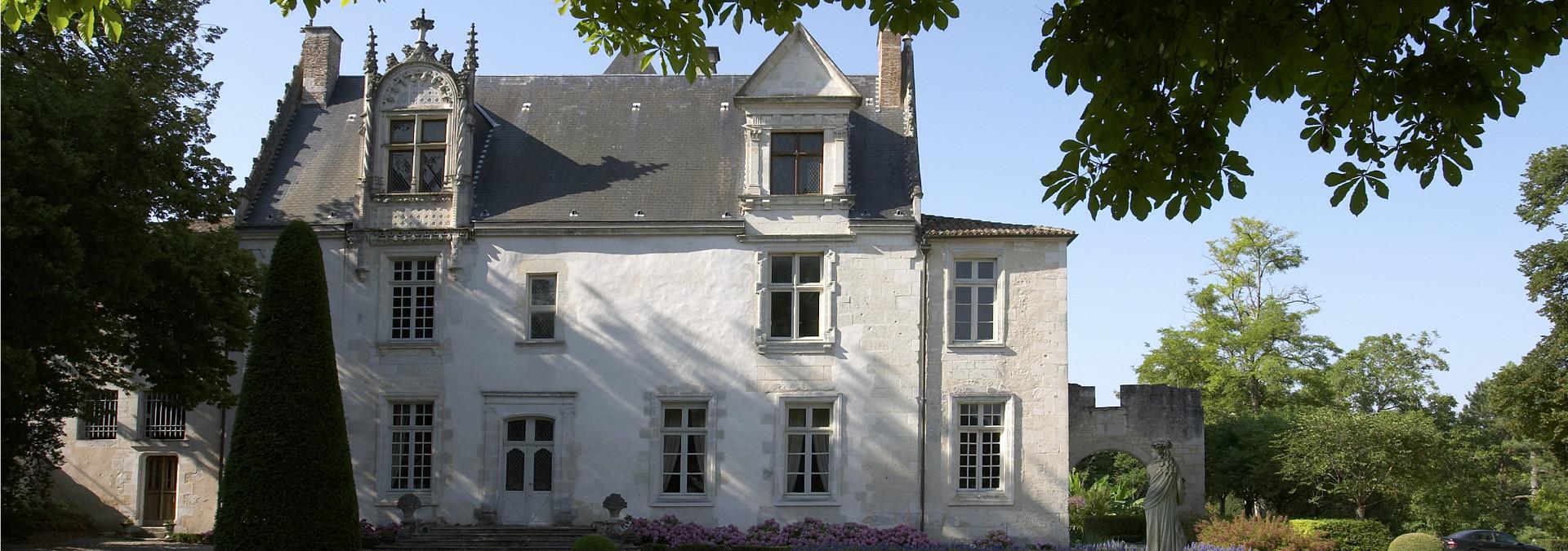 Château de Beaulon – Les fontaines bleues